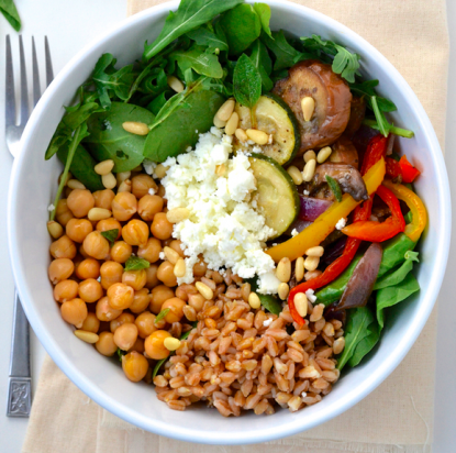 Video: Mediterranean Chickpea Salad Bowl