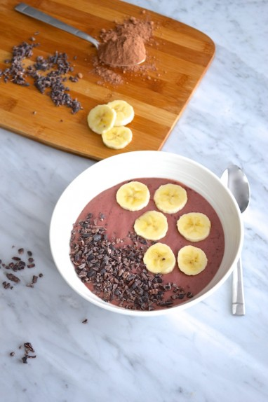 Cherry chocolate smoothie bowl