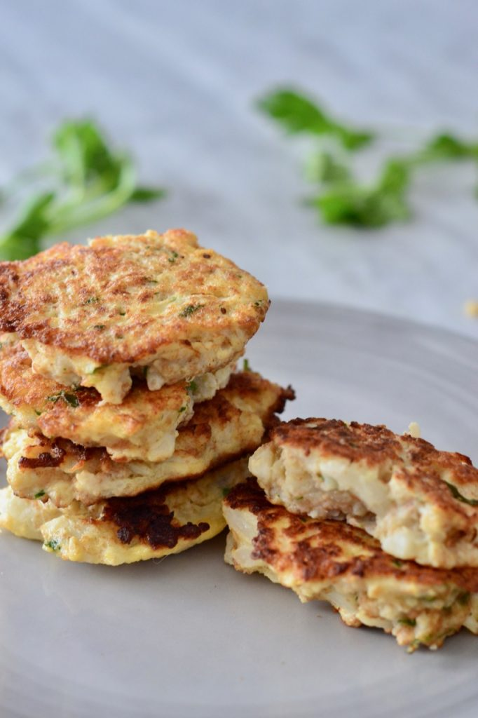 Cauliflower cakes - Motive Nutrition